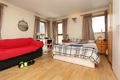 Similar Property: Double Room in South Quay