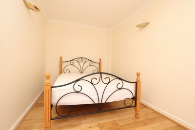 Similar Property: Double room - Single use in South Keys