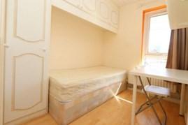 Similar Property: Single Room in Langdon Park