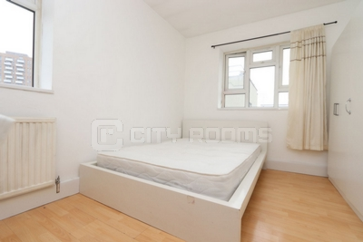 Similar Property: Double room - Single use in Bromley by Bow
