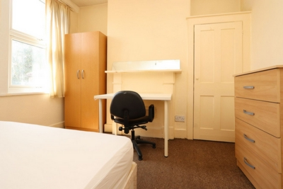Similar Property: Single Room in Upton Park