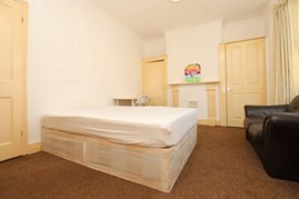 Similar Property: Double room - Single use in Upton Park