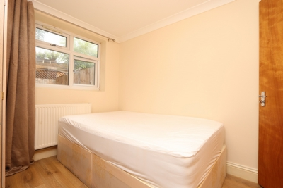 Similar Property: Ensuite Single Room in Wood Green