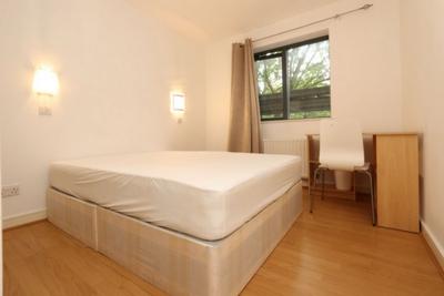 Similar Property: Double room - Single use in Bethnal Green/Whitechapel