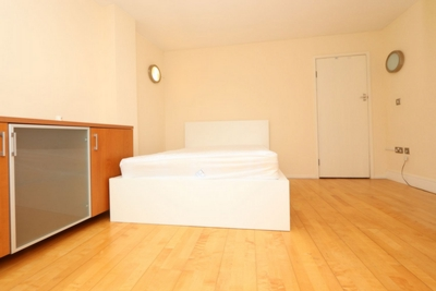 Similar Property: Double room - Single use in London Bridge