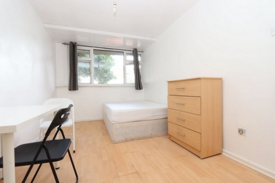 Similar Property: Double room - Single use in Manor Park