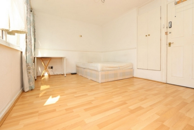 Similar Property: Double Room in Manor Park