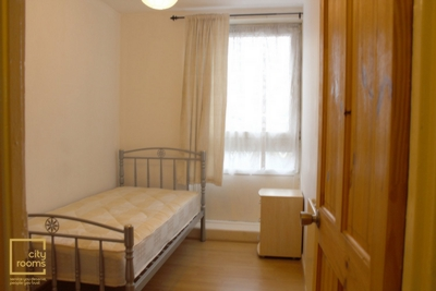 Similar Property: Single Room in Bow, Mile End