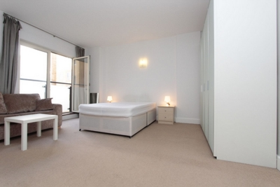 Similar Property: Double Room in Tower Bridge,Wapping, Shadwell