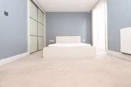 Similar Property: Ensuite Single Room in Kensington Olympia, Hammersmith