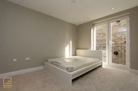 Similar Property: Ensuite Double Room in Kensington Olympia, Hammersmith