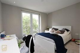 Similar Property: Ensuite Single Room in Kensington Olympia, Hammersmith