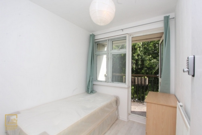 Similar Property: Single Room in Westferry