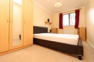 Similar Property: Double room - Single use in Westferry,Canary Wharf