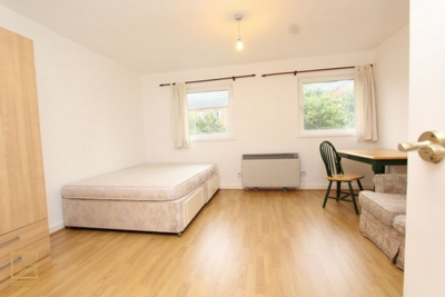 Similar Property: Double Room in Mudchute