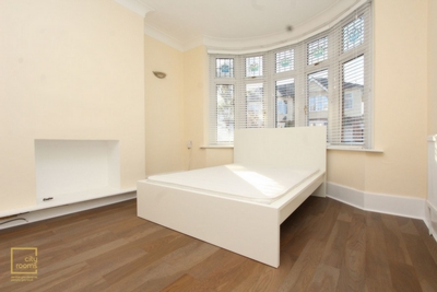 Similar Property: Double Room in South Woodford