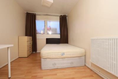 Similar Property: Double room - Single use in Crossharbour