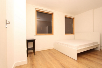 Similar Property: Double room - Single use in South Quay,Isle of Dogs