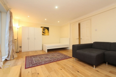 Similar Property: Double Room in Marble Arch