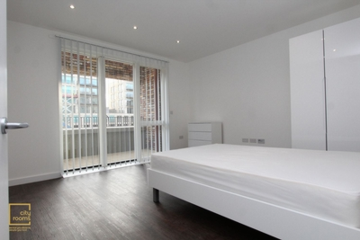 Similar Property: Double Room in London City Airport,Gallions Reach