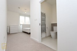 Similar Property: Ensuite Single Room in London City Airport,Gallions Reach