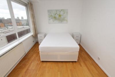 Similar Property: Double Room in Baker Street,St. John's Wood
