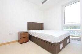 Similar Property: Apartment in Stratford
