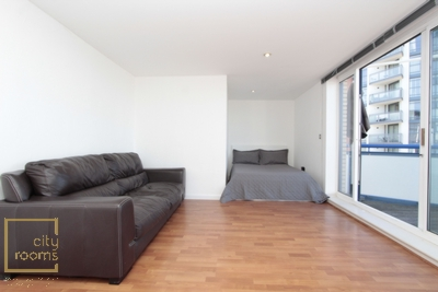 Similar Property: Double Room in Crossharbour,Mudchute