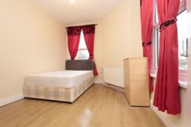 Similar Property: Double room - Single use in Bow