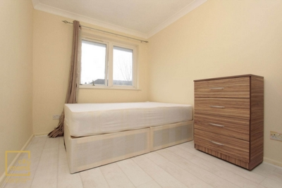 Similar Property: Double room - Single use in Plaistow,West Ham