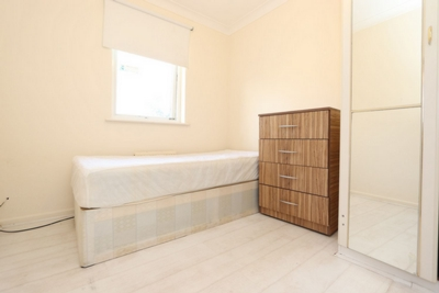 Similar Property: Single Room in Plaistow,West Ham