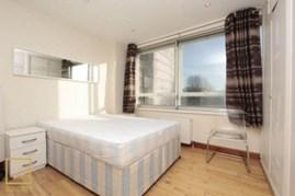 Similar Property: Ensuite Single Room in Baker Street,St. John's Wood