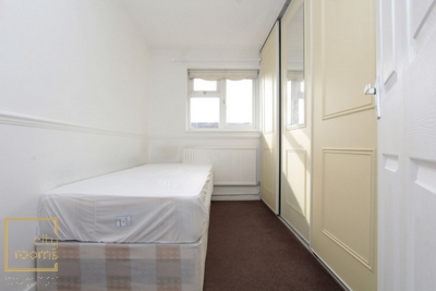 Similar Property: Single Room in Canning Town