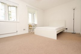 Similar Property: Ensuite Single Room in Canary Wharf,East India