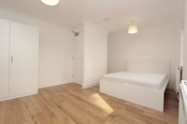 Similar Property: Double room - Single use in Canary Wharf,East India