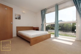Similar Property: Ensuite Double Room in Crossharbour,Canary Wharf