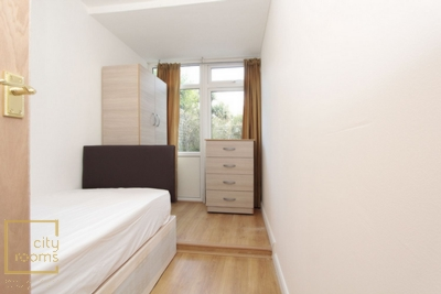 Similar Property: Double room - Single use in Poplar