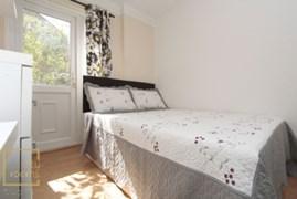 Property photo: Grundy Street, E14