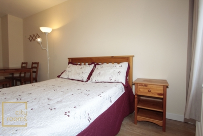 Similar Property: Double Room in Crossharbour,South Quay
