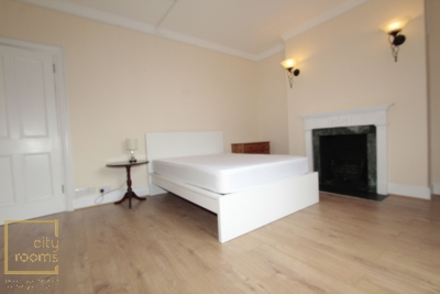 Similar Property: Double Room in Victoria,St. James's Park