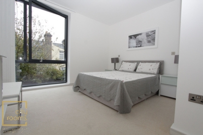 Similar Property: Ensuite Double Room in Maze Hill