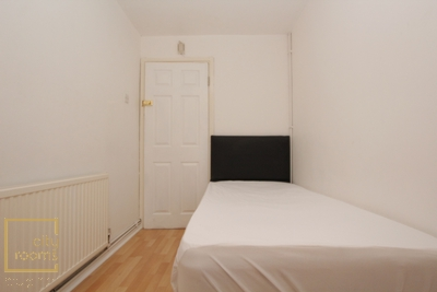 Similar Property: Single Room in West Ham,Canning Town
