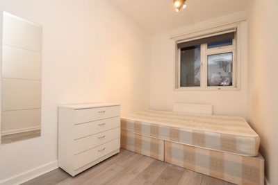 Similar Property: Single Room in Kentish Town