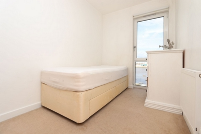 Similar Property: Single Room in North Greenwich