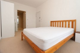 Similar Property: Ensuite Double Room in Surrey Quays