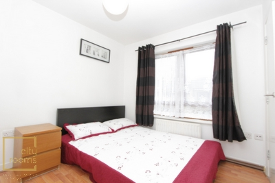 Similar Property: Ensuite Single Room in Langdon Park