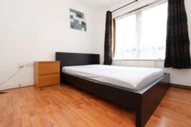 Similar Property: Ensuite Single Room in Langdon Park