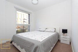 Similar Property: Double room - Single use in Canada Water,Surrey Quays