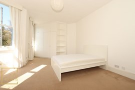 Similar Property: Double room - Single use in Shepherd's Bush