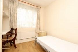 Similar Property: Single Room in Kilburn High Road